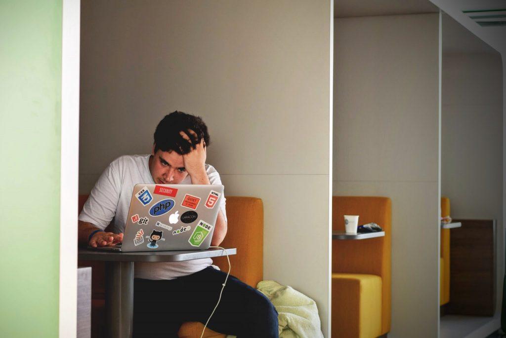 Student foto via Unsplash